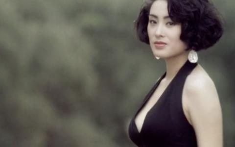 【她吻她】香港电影女神时装群像之处处吻